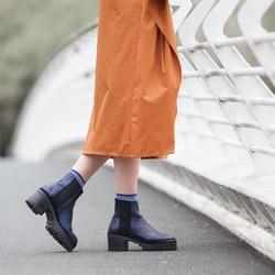 Perché una stessa scarpa possa incontrare gusti diversi, anime diverse, storie diverse, sentimenti diversi ❤  Photo @phredographie  #autunnoinverno #autunnoinverno2021 #ai2021 #nuovacollezione #nuovacollezione2021 #fw2020 #fallwinter #fallwinter2021 #neuekollektion #womanshoes #scarpedadonna #shoeslovers #shoesshopping #shoesmania #shoesgram #shoesgramers #leathershoes #heelshoes #tronchetti #ankleboots #madeinitaly #madeinmarche #bologna #bolognashopping #spontaneamentecurato