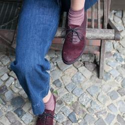 Gli essenziali dell'autunno Lilimill ❤ L'energia del colore. L'eccentricità del bimateriale. Il carattere del modello. La morbidezza del pellame. La comodità del fondo. Tutto in un'unica scarpa.  #autunnoinverno #autunnoinverno2021 #ai2021 #nuovacollezione #nuovacollezione2021 #fw2020 #fallwinter #fallwinter2021 #neuekollektion #womanshoes #scarpedadonna #shoeslovers #shoesshopping #shoesmania #shoesgram #shoesgramers #leathershoes #stringate #lacedshoes #madeinitaly #madeinmarche #bologna #bolognashopping #spontaneamentecurato #scatenatelautunno #slowautumndays #thatautumnmagic